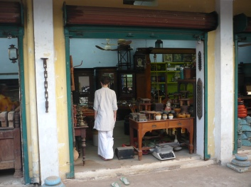 One of the many antique shops found on Muneeswaran Temple lane...
