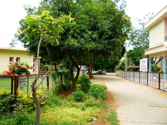 Prasanthi Nilayam 1