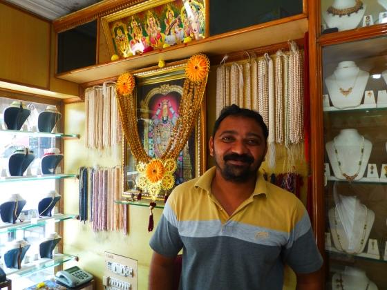 Om Narayana Pearls, Thirumalaikodi, India...